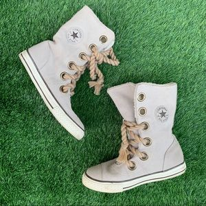 Converse All Stars High Top Lined Sneakers Size 6